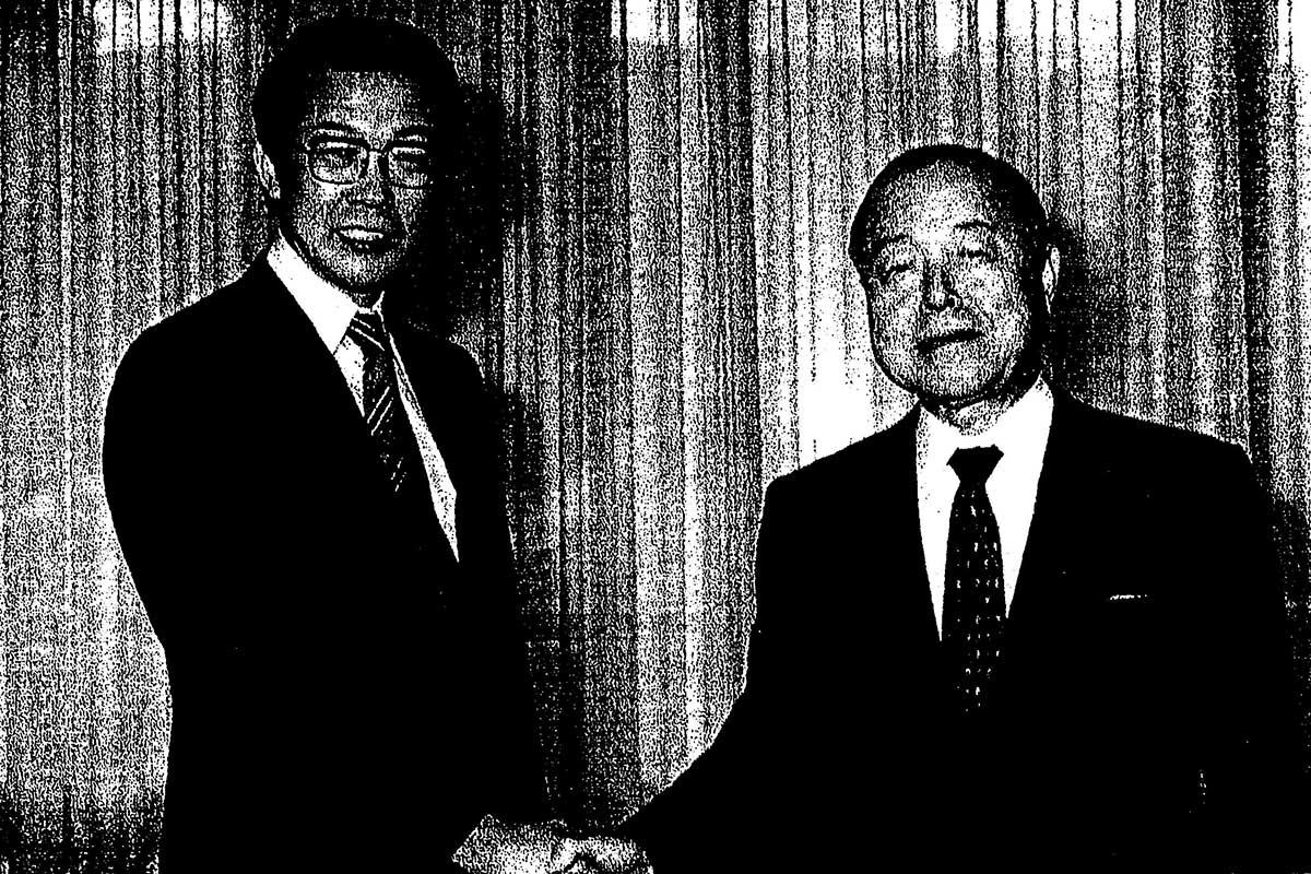 鈴木都知事インタビュー(知事室)